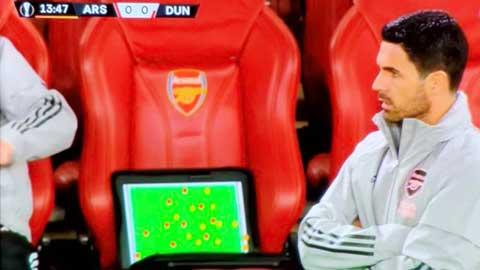 Arteta hớ hênh làm lộ chiến thuật của Arsenal cho tất cả biết
