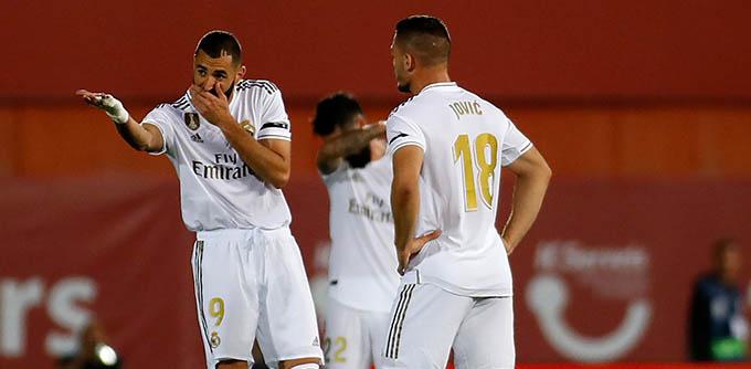 Benzema và Jovic đang chưa đáp ứng được niềm tin của Zidane ở mùa này