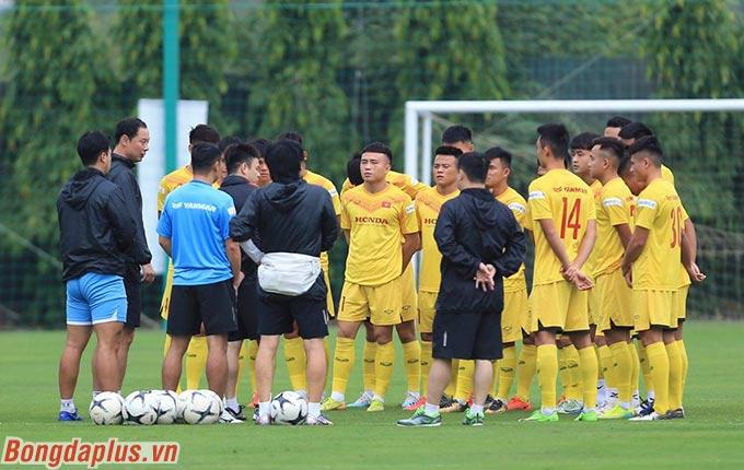 Sáng nay, U22 Việt Nam có buổi tập nhẹ nhằm tăng cường thê lực cho các cầu thủ