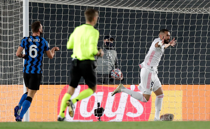 Benzema mở tỷ số cho Real ở phút 25