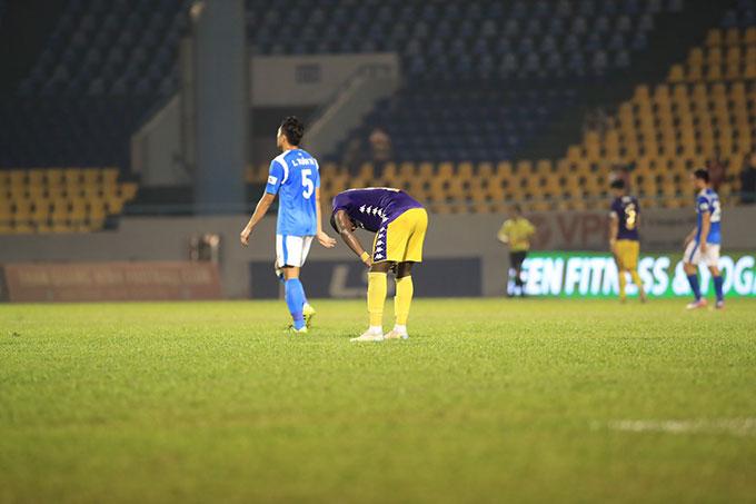 Tuy chỉ về nhì, song Hà Nội FC mới là đội có hàng công tốt nhất với 37 lần làm tung lưới đối phương - Ảnh Phan Tùng