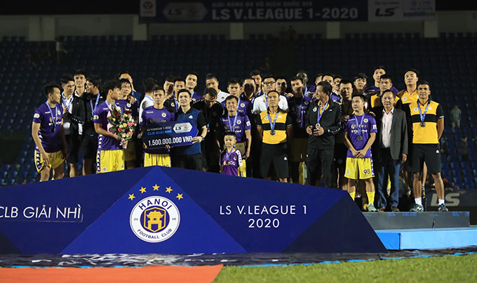 Sự có mặt của Lê Tấn Tài giúp Hà Nội FC tăng tốc ở giai đoạn 2 - Ảnh: Minh Tuấn