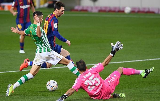 Messi vào sân và thay đổi tất cả