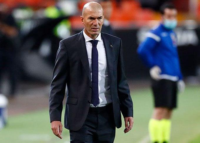 Zidane đang phải trả giá vì không làm mới đội hình của Real