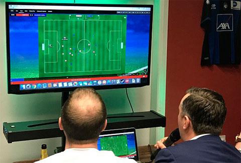 Các game thủ đã gặp nhiều sự cố khi bập quá sâu vào trò chơi quản lý bóng đá