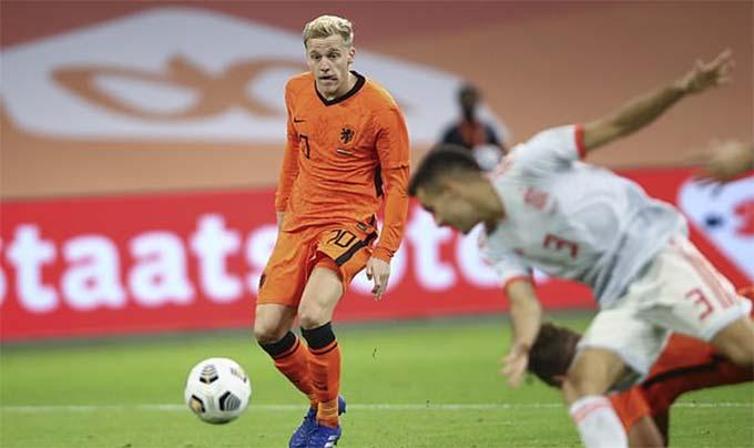 Van de Beek đã ghi 2 bàn trong 2 trận gần nhất đá cho Hà Lan