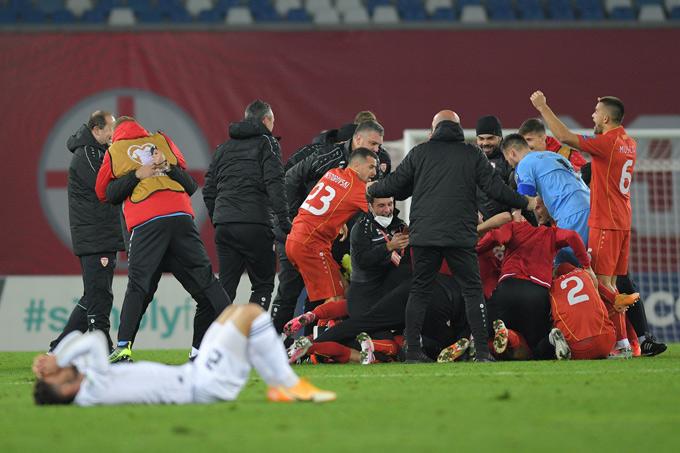 Macedonia cũng có chiến thắng lịch sử để lần đầu tiên tham dự một giải đấu lớn