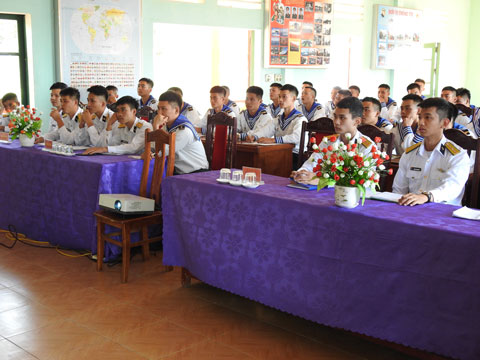 Các đồng chí học viên tham gia lớp bồi dưỡng