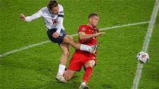 Jack Grealish khiến CĐV Anh nức lòng với pha đỡ bóng bằng gót
