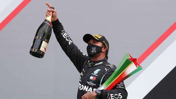 Hamilton đã thắng nhiều chặng đua nhất với 92 lần, nhiều hơn Schumacher 1 lần