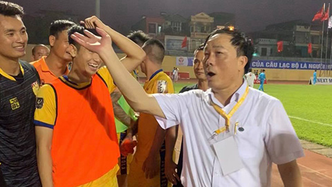 Ông Nguyễn Văn Đệ nghỉ làm 'bầu' ở Thanh Hoá