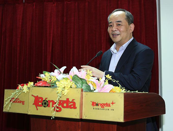 Chủ tịch Lê Khánh Hải cũng ghi nhận để bóng đá Việt Nam cũng như VFF có được thành công trong năm nay phải kể đến một phần đóng góp không nhỏ của Tạp chí Bóng đá - Ảnh: Đức Cường