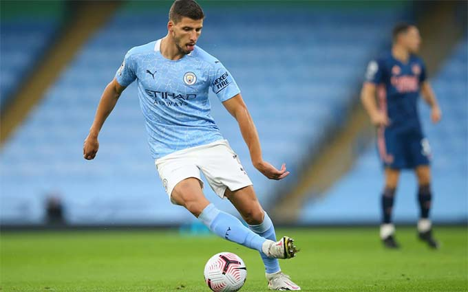 Ruben Dias mới chuyển từ Benfica tới Man City trong phiên chợ Hè