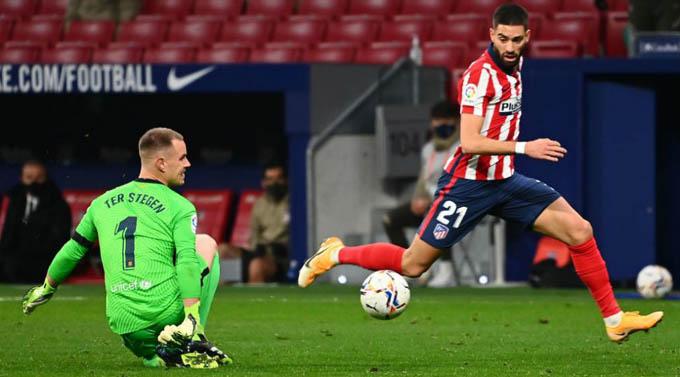 Carrasco đã có pha xử lý hoàn hảo trước khi ghi bàn vào lưới Barca