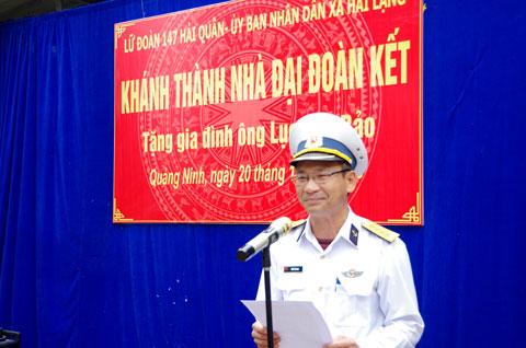 Đại tá Trần Văn Nam chủ trì buổi khánh thành và bàn giao ngôi nhà