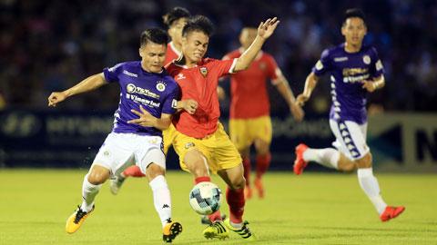 Bóng đá Việt chọn đường cho người trẻ