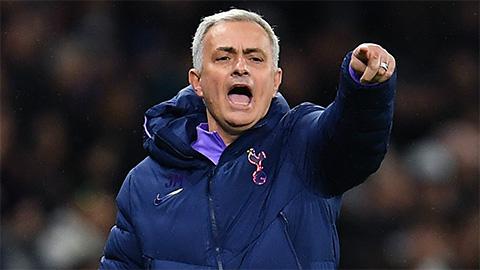 Mourinho 'tẩy não' cầu thủ, Tottenham đã sẵn sàng vô địch Ngoại hạng Anh
