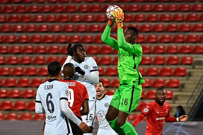 Chelsea có chiến thắng nhọc nhằn trước Rennes để giành vé vào vòng 1/8
