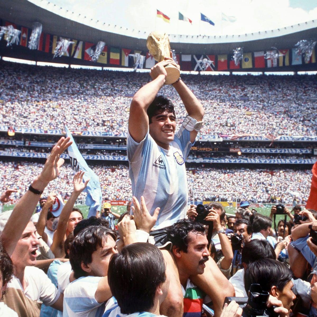 Messi đâu là gì trước tầm vóc của Maradona với dân tộc Argentina