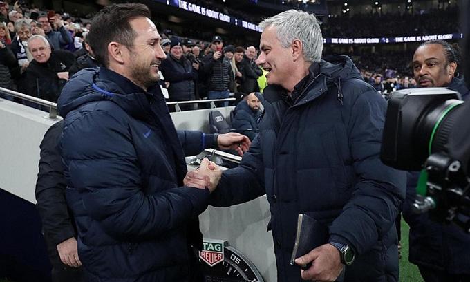 Cuối tuần này giữa Lampard và Mourinho sẽ không còn tình thầy trò mà là màn đấu trí cân não