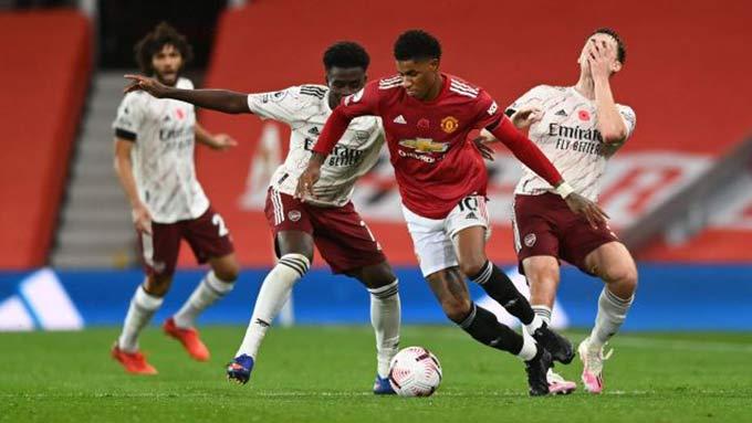 M.U hay Arsenal vẫn đang loay hoay tìm lối chơi phù hợp