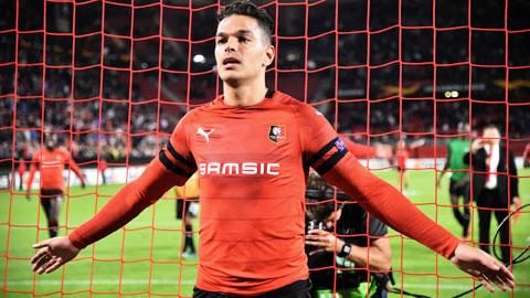 Ben Arfa dọa xé lưới PSG