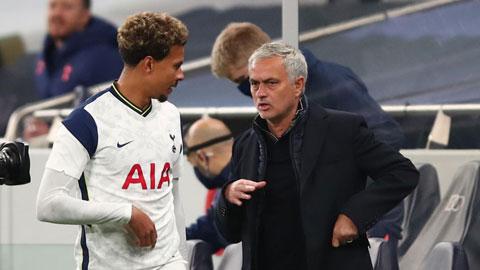 Jose Mourinho & những quân bài trong tay áo