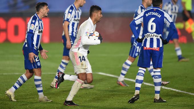 Casemiro có bàn gỡ danh dự cho Real