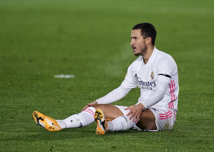 Hazard lại dính chấn thương