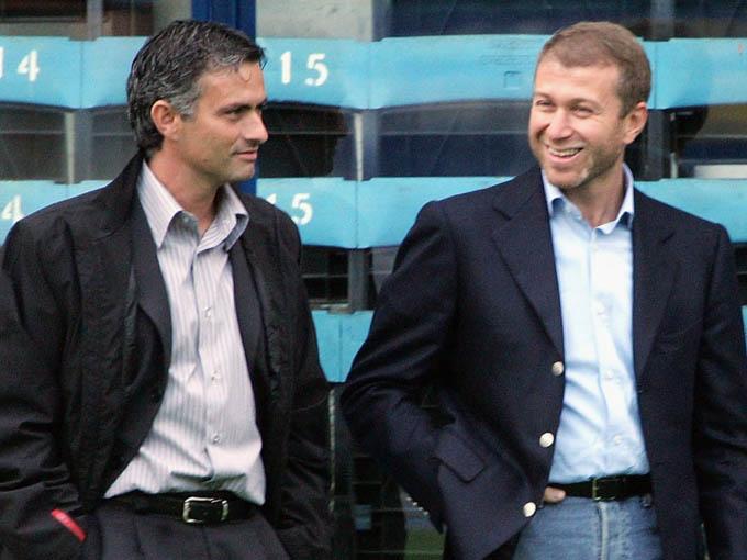 Mourinho là HLV đầu tiên được Abramovich bổ nhiệm