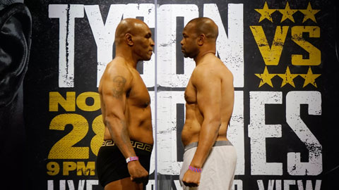 Mike Tyson trở lại sàn đấu: Mike 'thép' hay ông vua... quảng cáo?