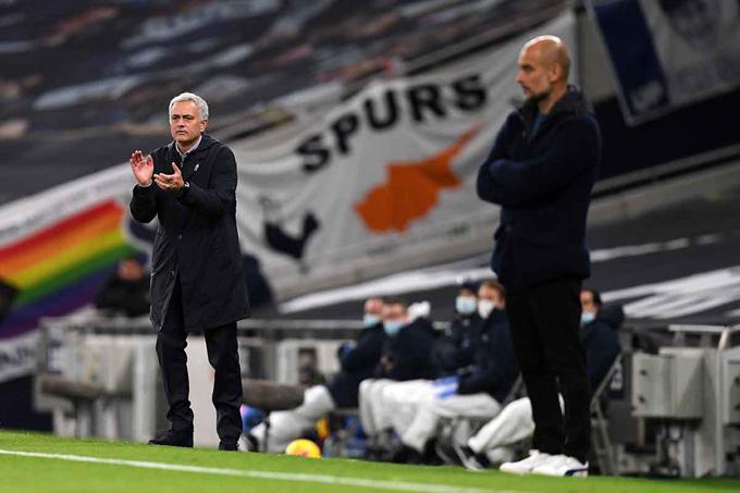 Mourinho khiến Guardiola 'tắt điện' bằng triết lý cũ mà mới của mình