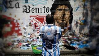 Diego Maradona: Những thiên tài thường dạo chơi qua trần gian theo cách của riêng họ
