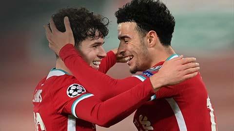 Hai sao mai của Liverpool làm nên bàn thắng lịch sử ở Champions League