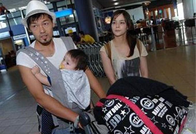 Daisuke Matsui (trái) là tân binh 39 tuổi của Sài Gòn FC. Anh lập gia đình với một nữ diễn viên