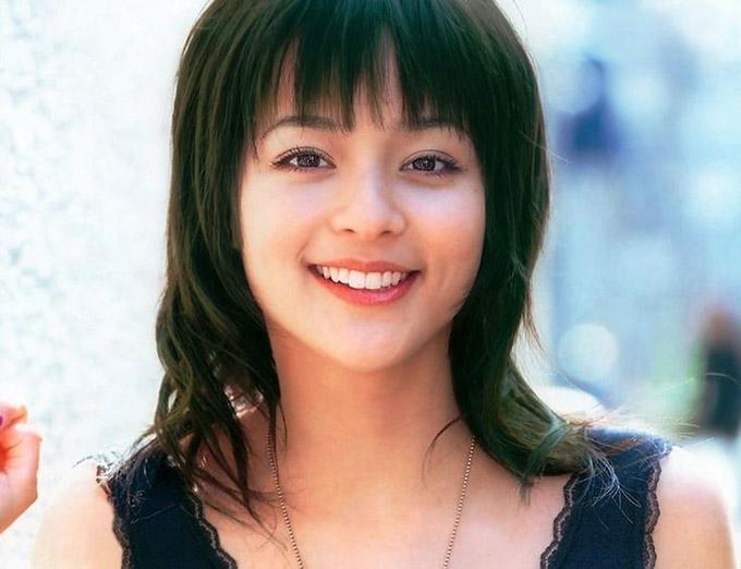 Vợ của anh là Rosa Kato – diễn viên đình đám ở Nhật Bản