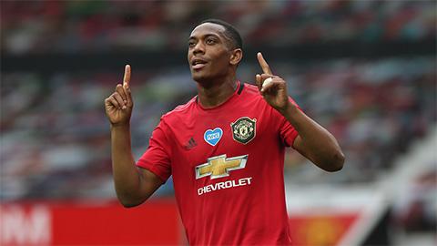 Martial đón sinh nhật 25: Cậu bé vàng từ chối lớn của M.U