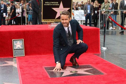 """Ryan Reynolds nổi tiếng với """"bom tấn"""" Deadpool"""