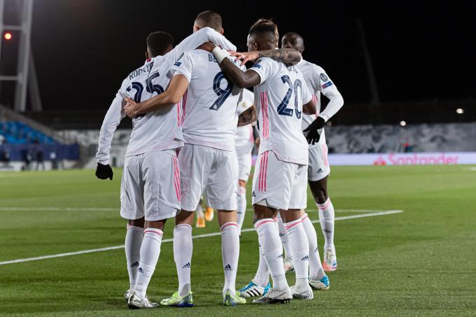 Real giành vé vào vòng 1/8 với vị trí nhất bảng