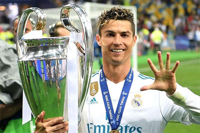 Ronaldo đã rời Real Madrid