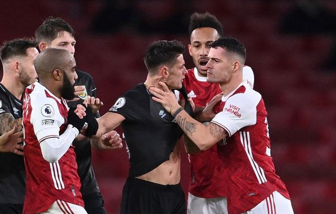 Arsenal sẽ tiến xa ở Europa League
