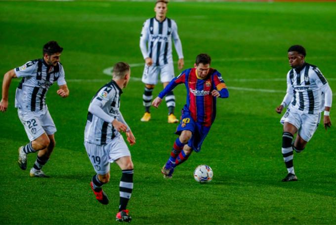 Messi là quân bài để cho các ứng viên sử dụng cho quá trình tranh cử chức chủ tịch