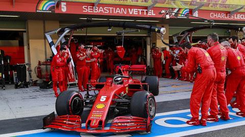 Ferrari vì đâu sa sút?