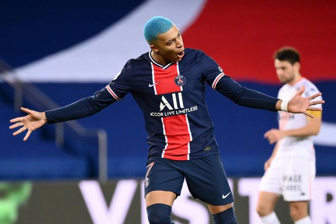 Mbappe mở tỷ số trận PSG vs Lorient ở phút 51