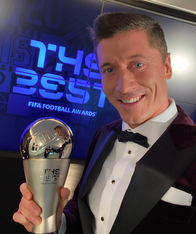 Lewandowksi giành FIFA The Best