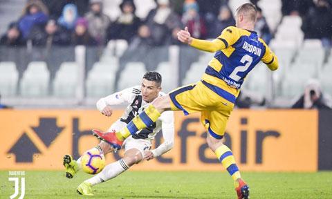 Parma (phải) thường chơi rất tốt trước các đội bóng lớn ở Serie A