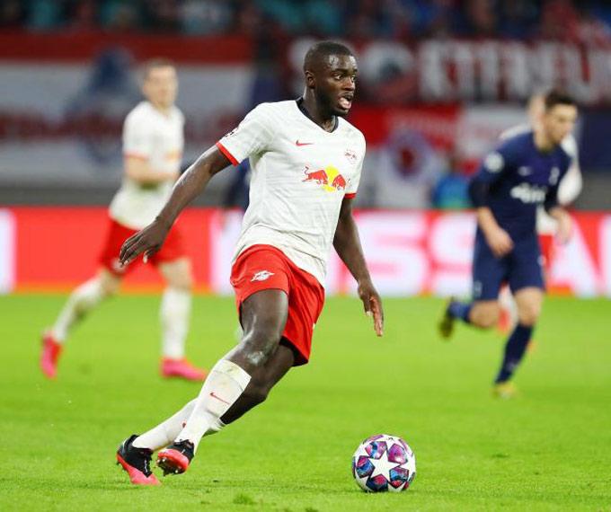 Upamecano tiến bộ vượt bậc ở RB Leipzig