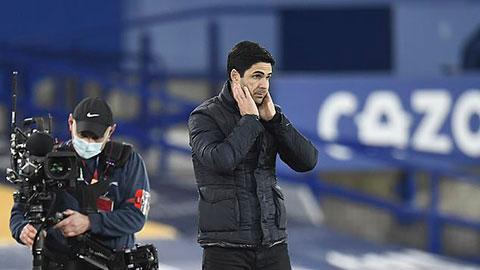 Phòng thay đồ Arsenal có dấu hiệu chia bè, kết phái vì Arteta