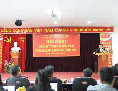 Giám đốc bệnh viện Thể thao Việt Nam Võ Tường KhaKha phát biểu tại Hội nghị