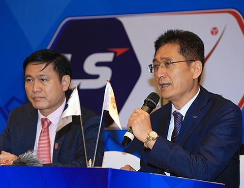 Tổng giám đốc Kim Jong Pil nhấn mạnh Tập đoàn LS sẽ không ngừng ủng hộ bóng đá chuyên nghiệp Việt Nam trong thời gian tới